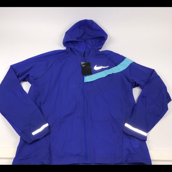 d0c9e05d1f97 Nike Impossibly Light Running Jacket Men s M New